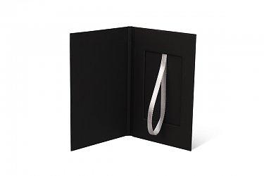 подарочные коробки из дизайнерского картона