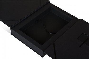 вип упаковка из дизайнерского картона