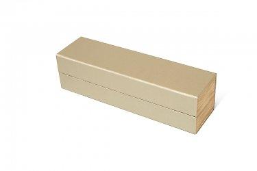 Оригинальная упаковка с деревянными вставками