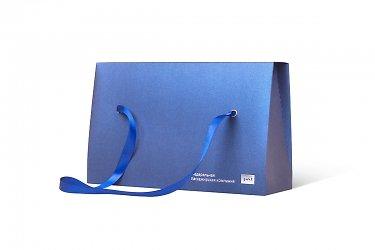 коробки подарочные с лентами