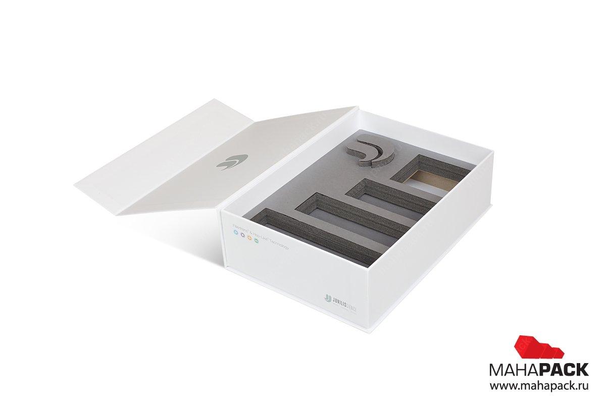 упаковка для флешки с ложементом из изолона