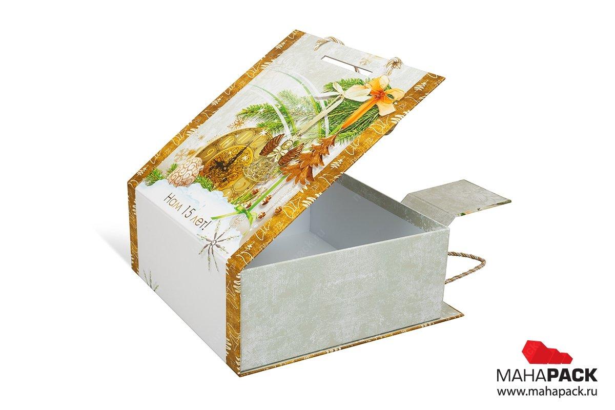Коробка с ручкой для корпоративного подарка