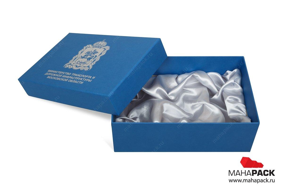 подарочная коробочка с драпировкой тканью