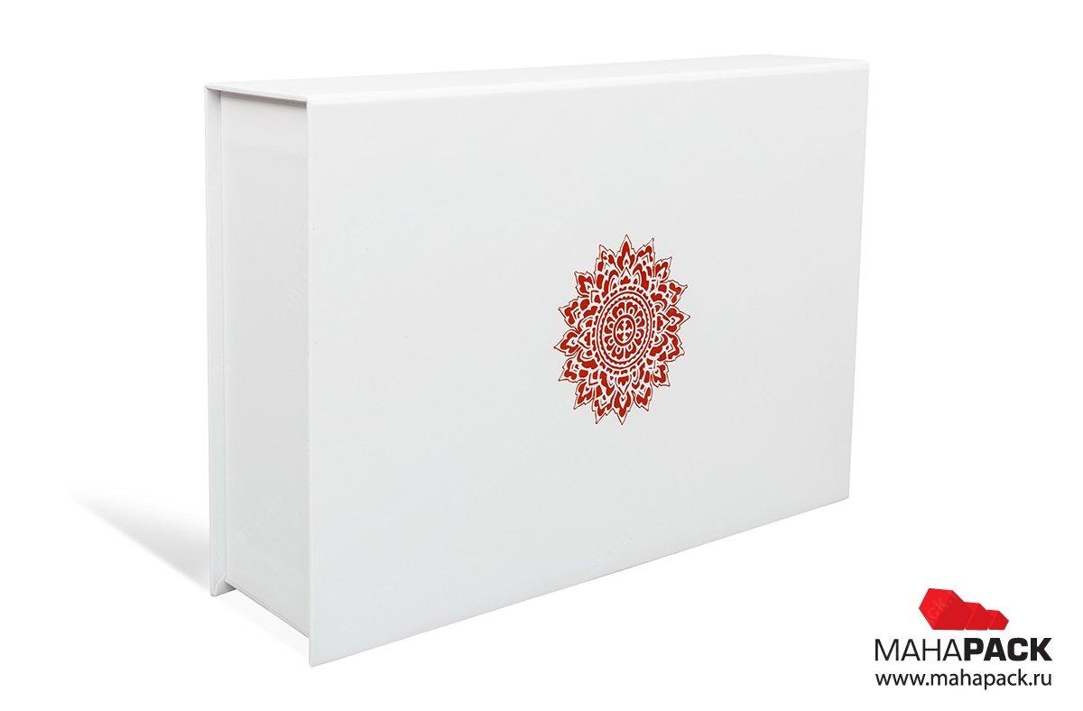 коробки подарочные на заказ с логотипом