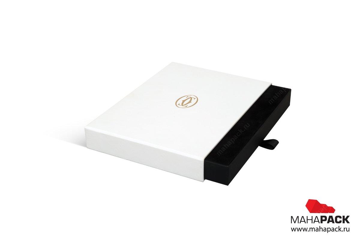 коробки с ложементом для карт
