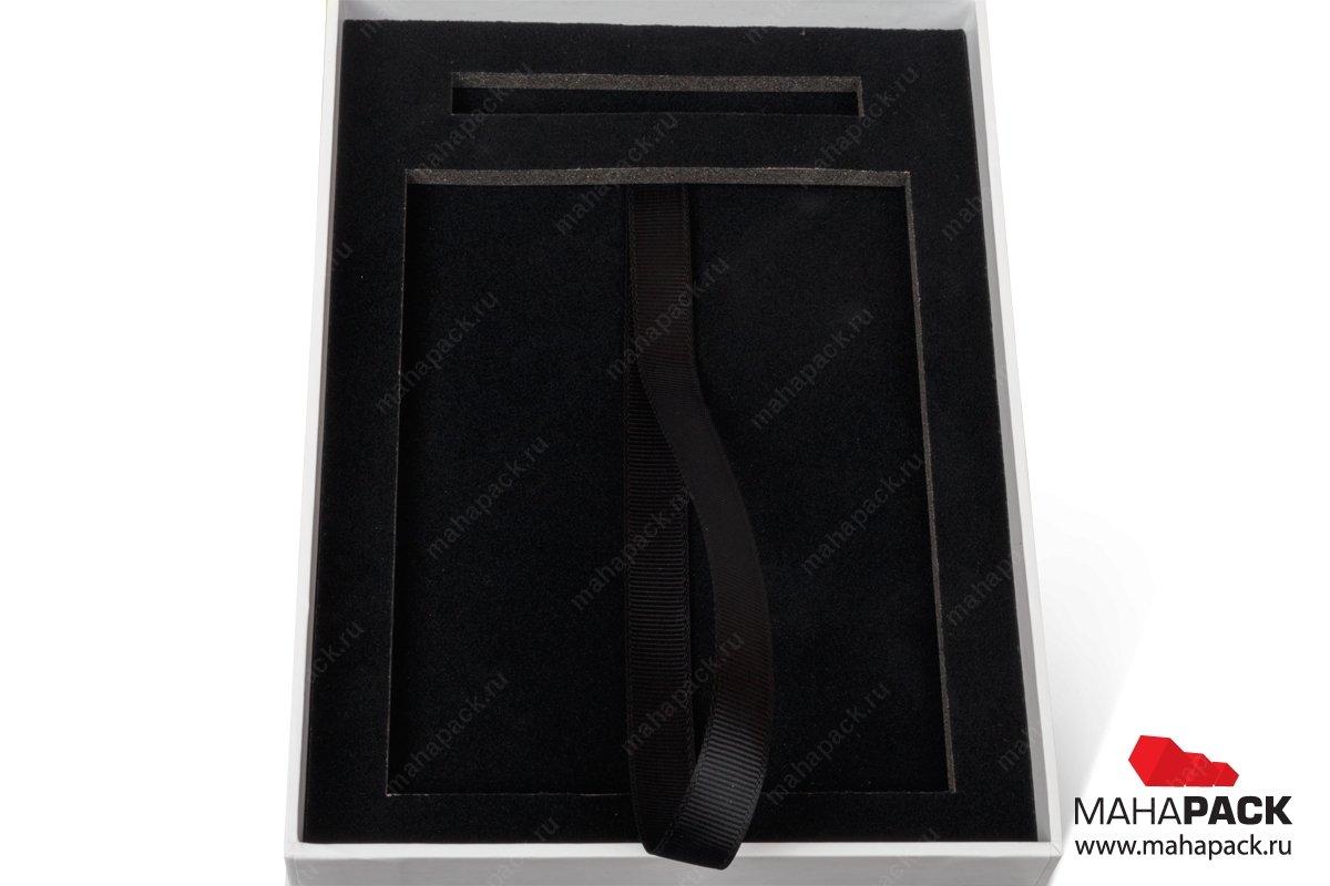 подарочная ювелирная упаковка с ложементом