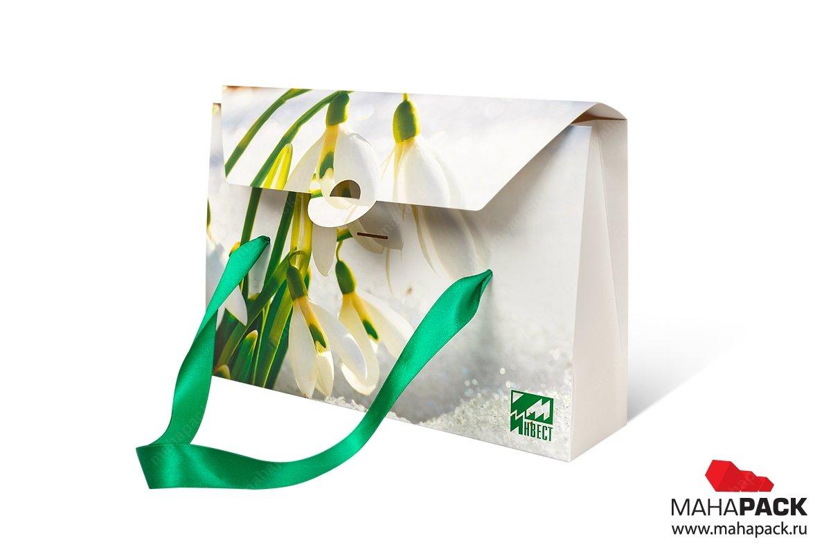 упаковка подарочная с лентами