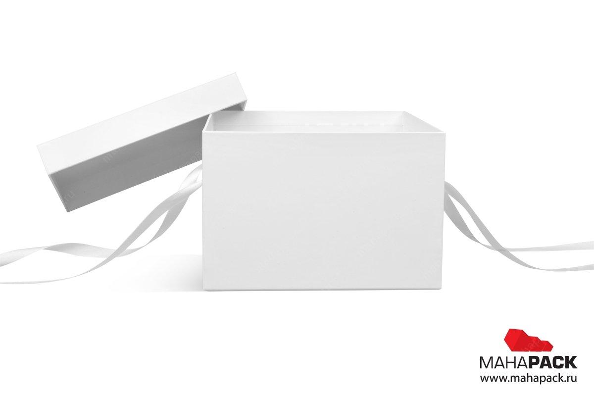 подарочная коробка с лентами для чайной пары