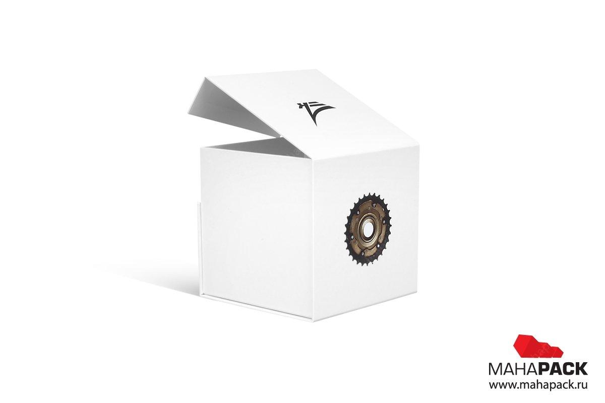 коробки под заказ с магнитным клапаном
