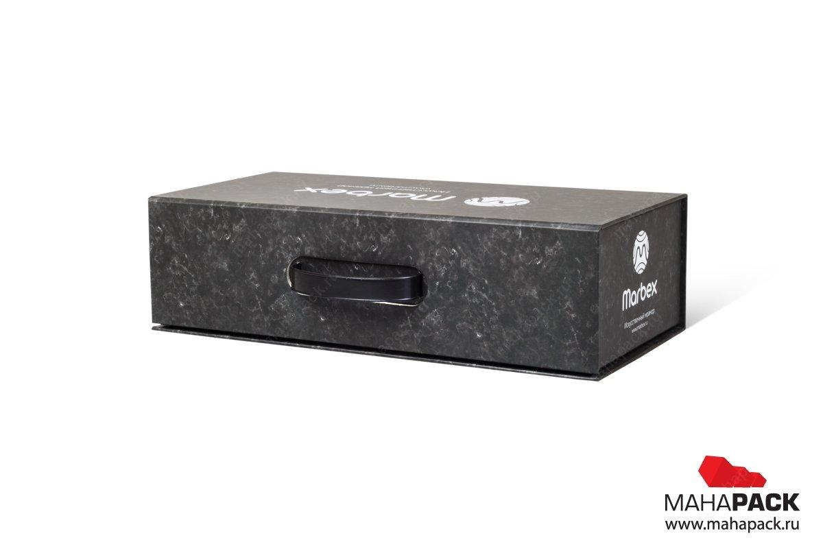 Коробка с ручкой коробка-чемодан