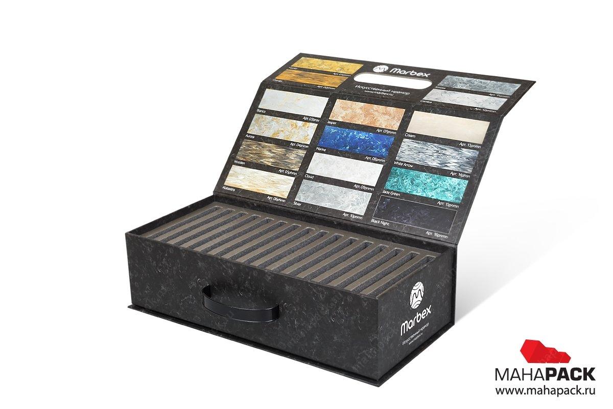 Коробка с ручкой с ложементом под образцы продукции