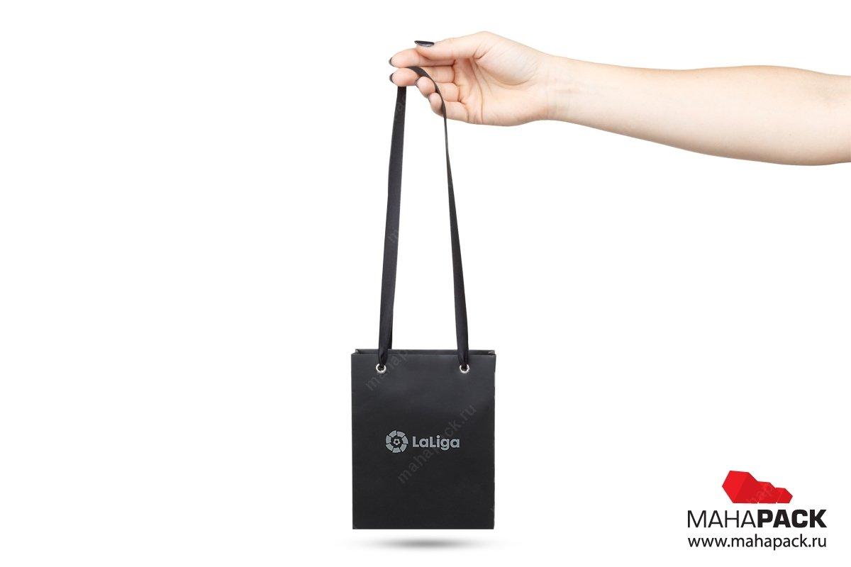 заказать упаковку с логотипом большим тиражом