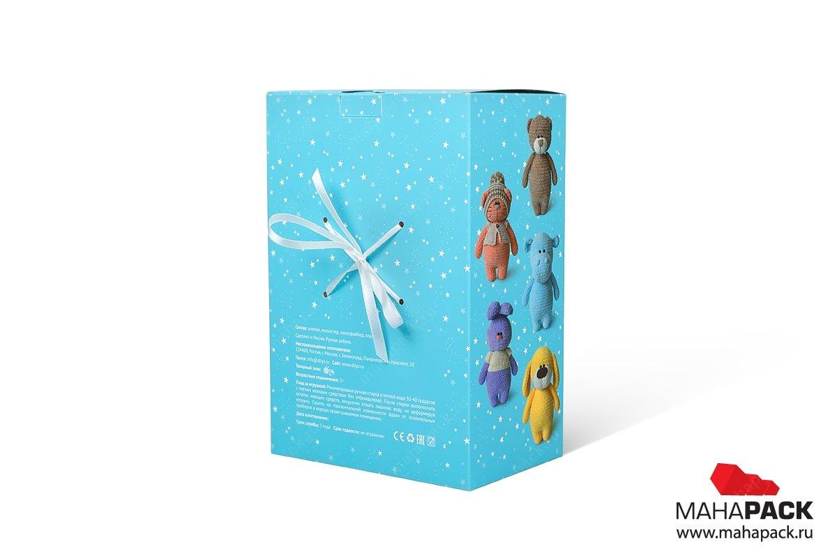 подарочные коробки с атласными лентами