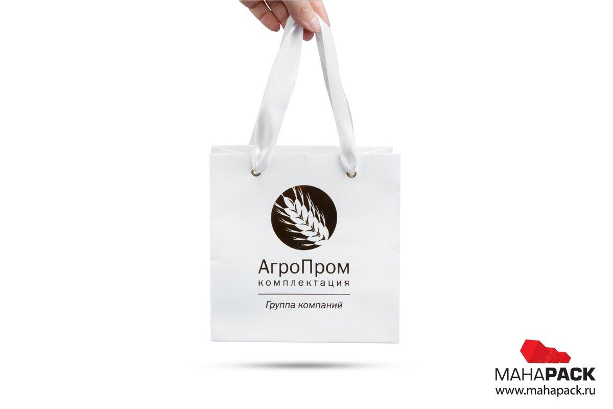 корпоративная упаковка пакет из мелованной бумаги
