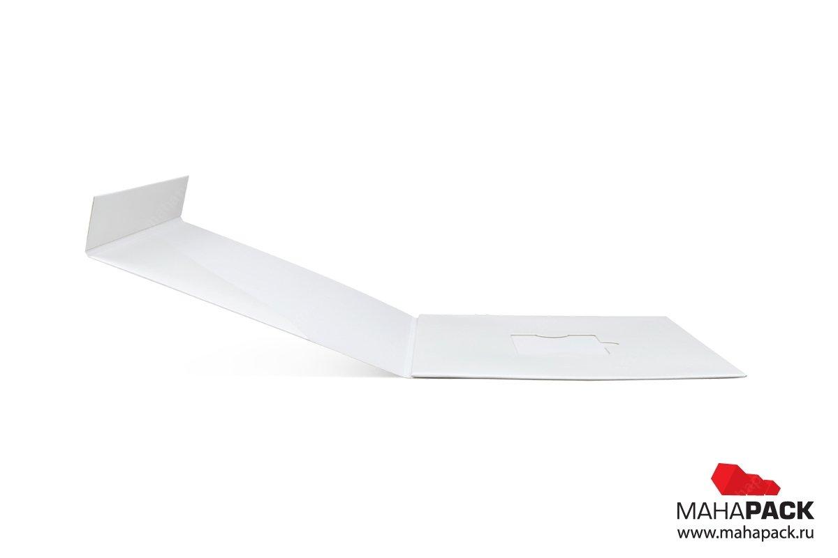 картонная подарочная упаковка для пластиковой карты