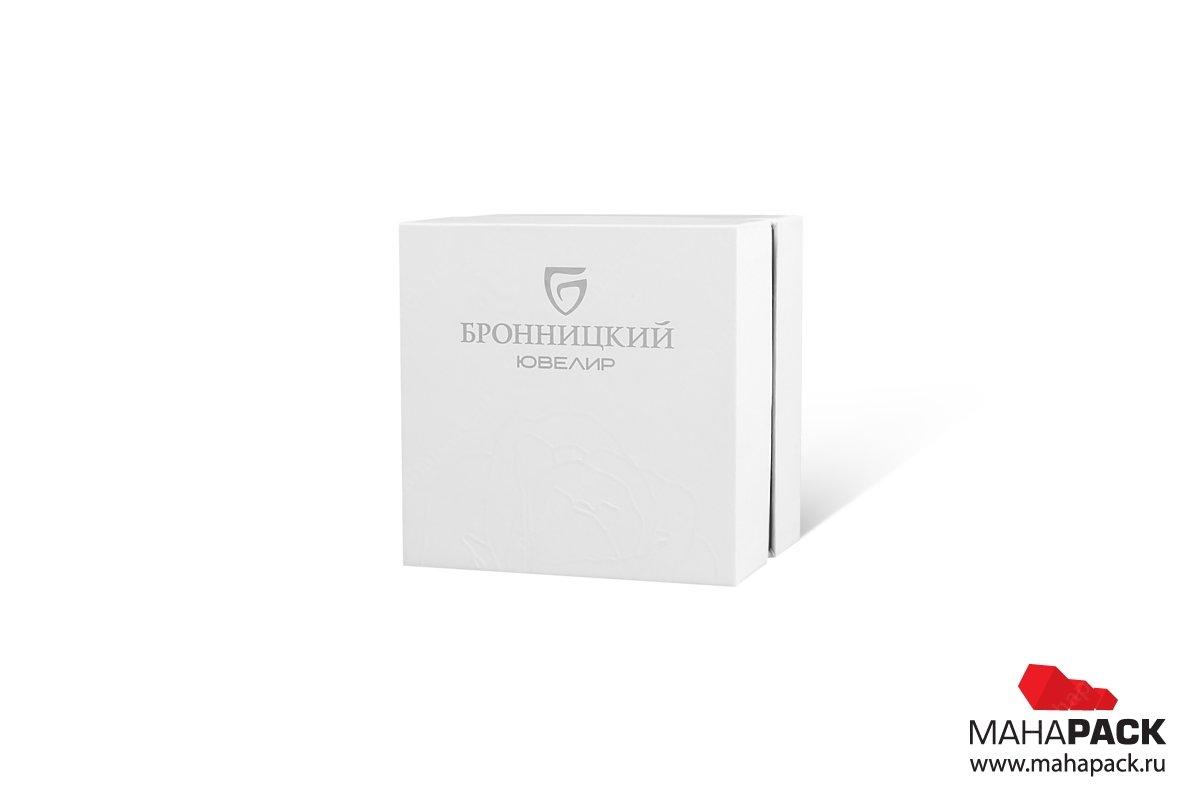 кашированная упаковка с брендом