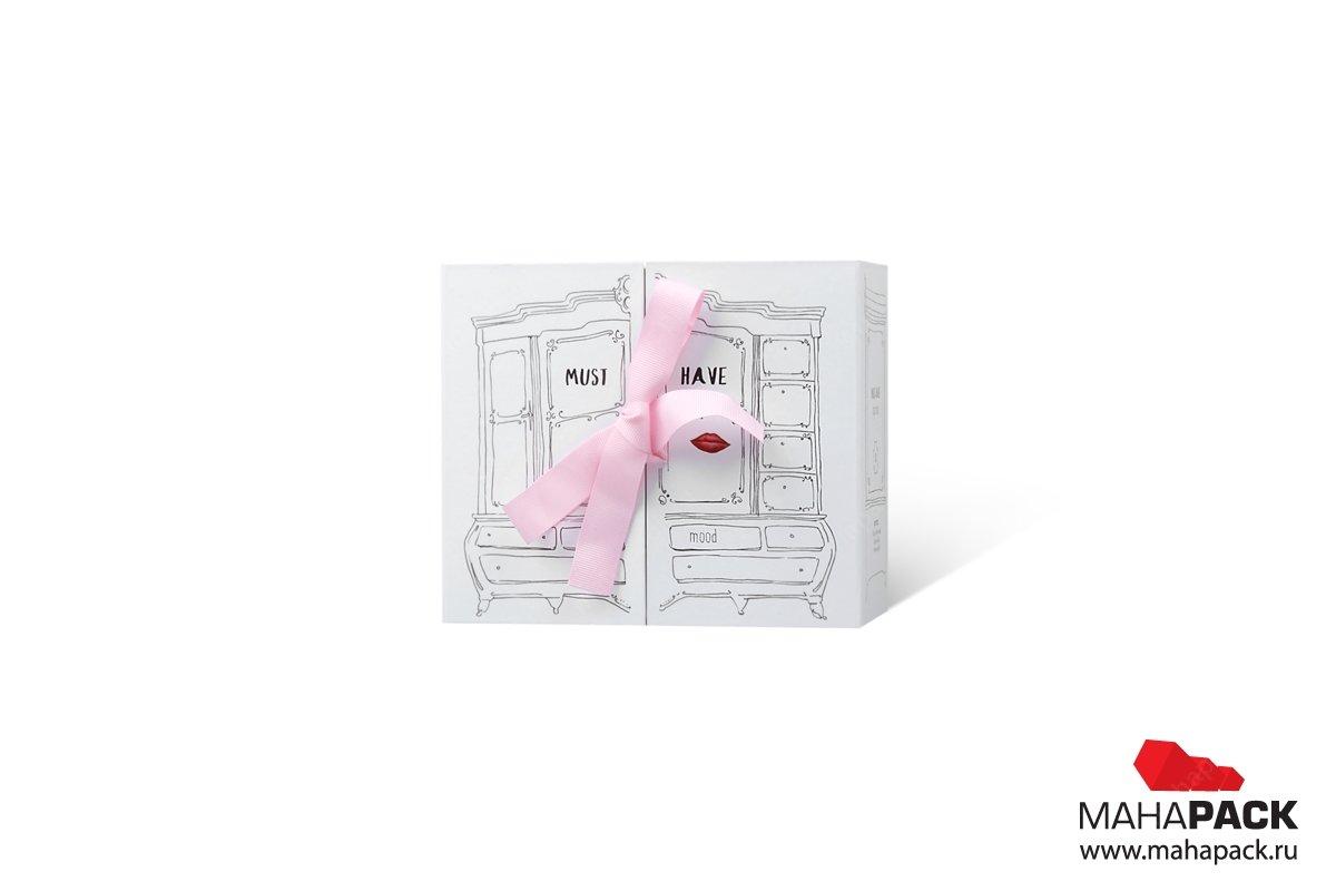 коробка для косметики с лентами