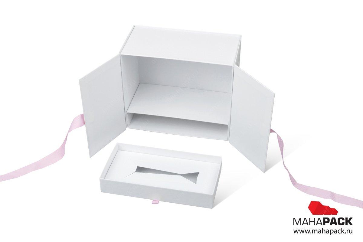коробка для косметики фирменная