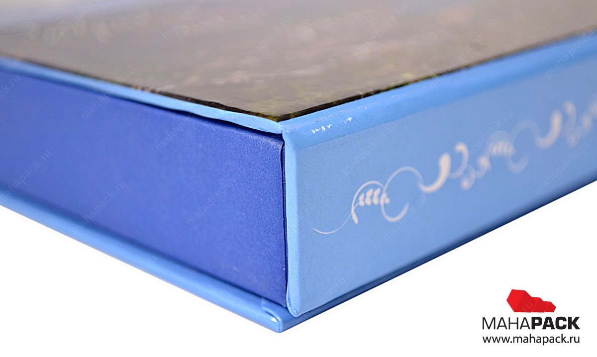 круглая коробка с ложементом на заказ