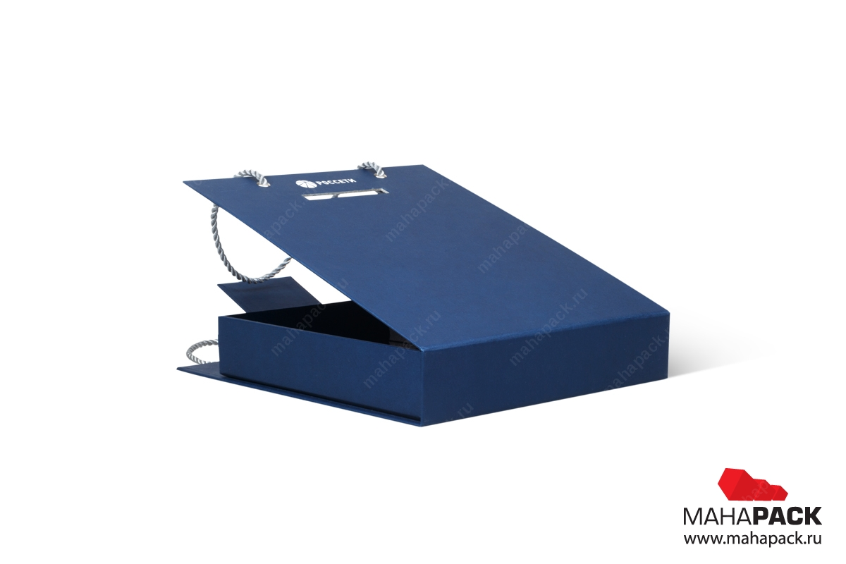 подарочная упаковка с логотипом и лентами