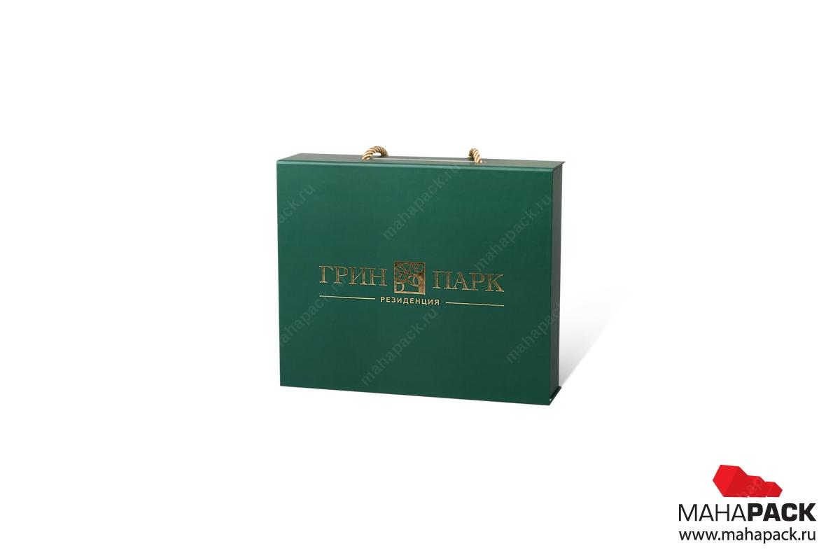 производство подарочных коробок с логотипом тиснение