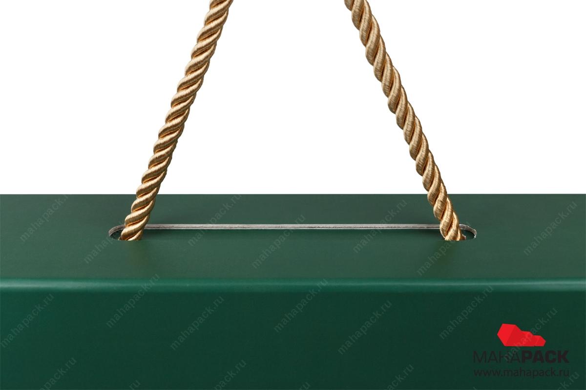 производство подарочных коробок с логотипом тиснение серебряной фольго...