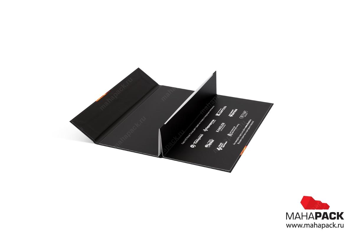 кашированная упаковка для подарочных карт со своим дизайном