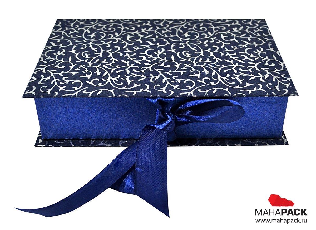 Кашированная коробочка с атласным ложементом