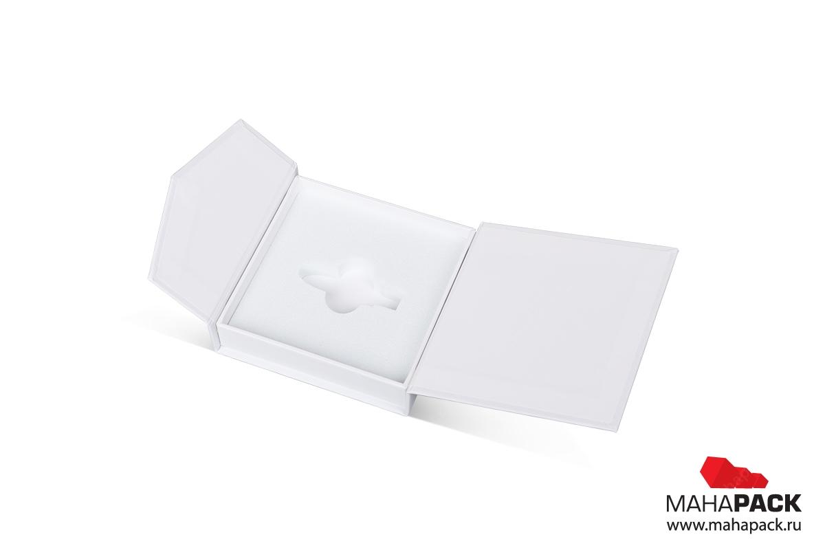 подарочная упаковка с логотипом кашированная