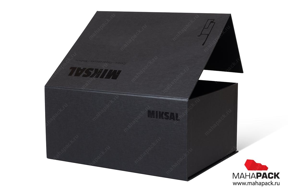 брендированные коробки на магните