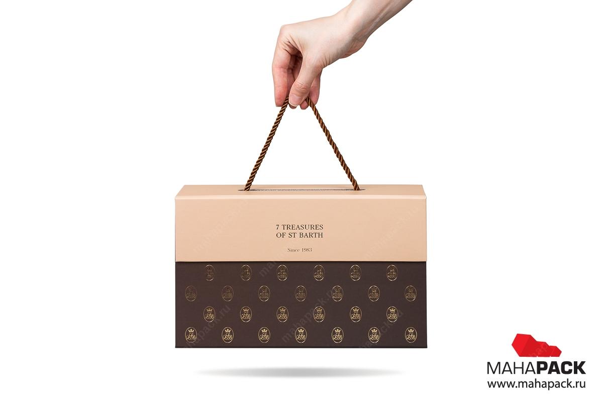 изготовление коробки с логотипом на заказ в Москве