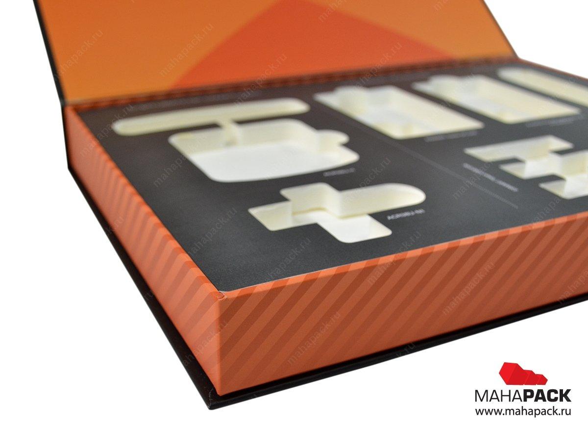Кашированная коробка на магните