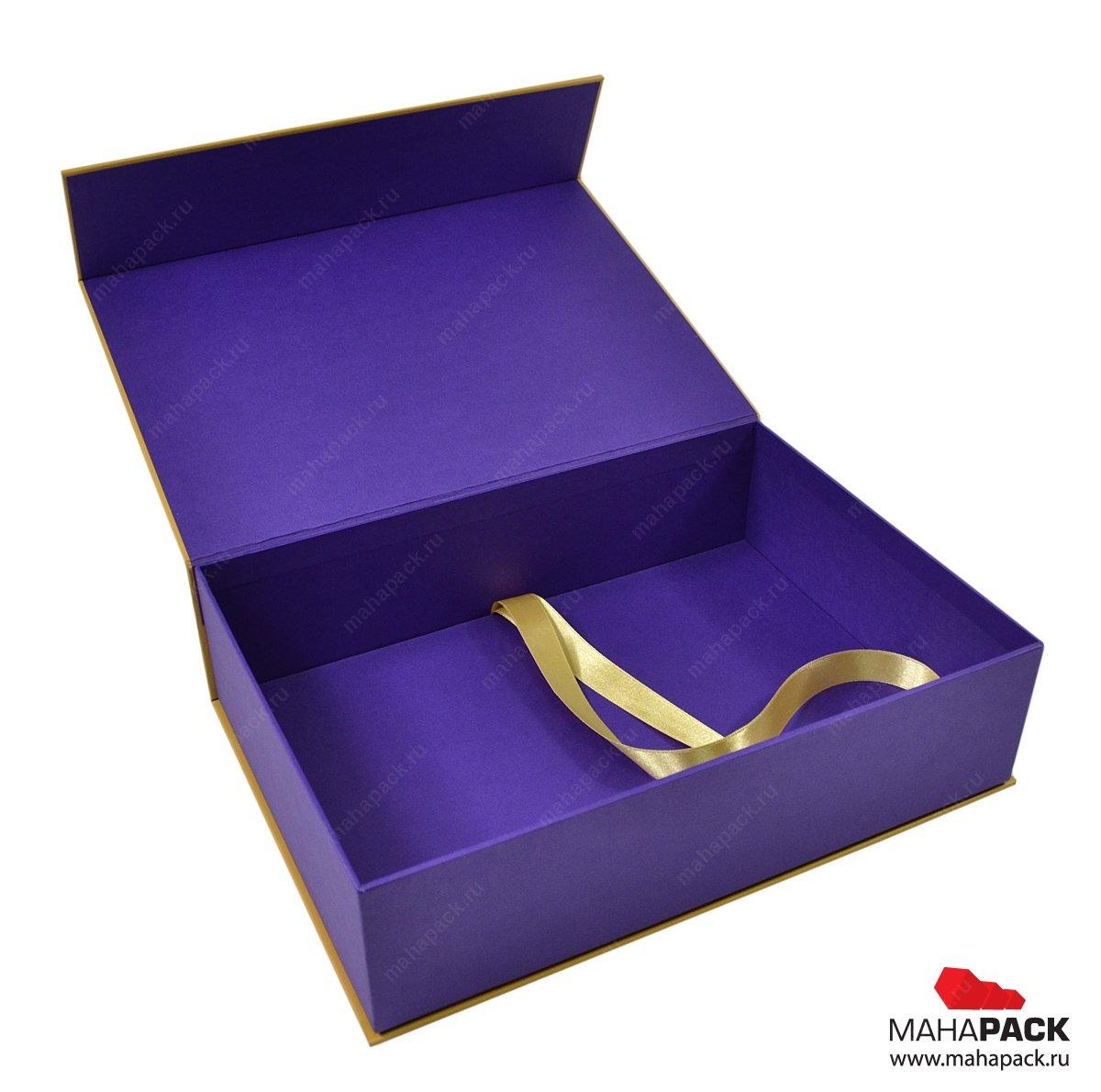 Фирменная упаковка, коробок кашированный с клапаном на магните
