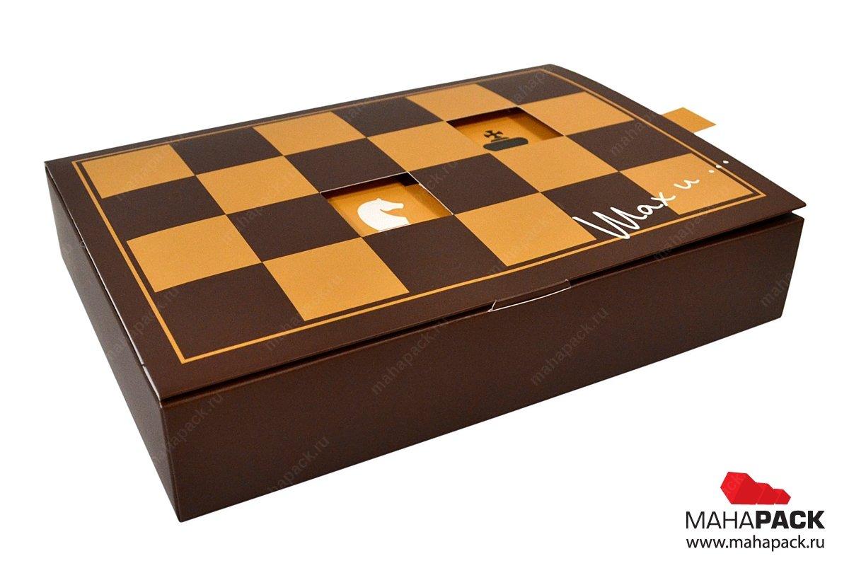 Подарочная упаковка из картона с интерактивным эффектом
