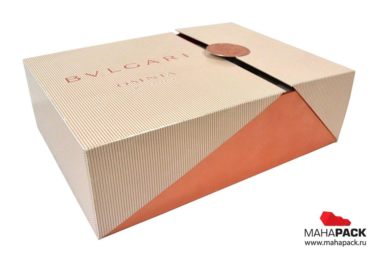 Подарочные коробки с ложементом для косметики