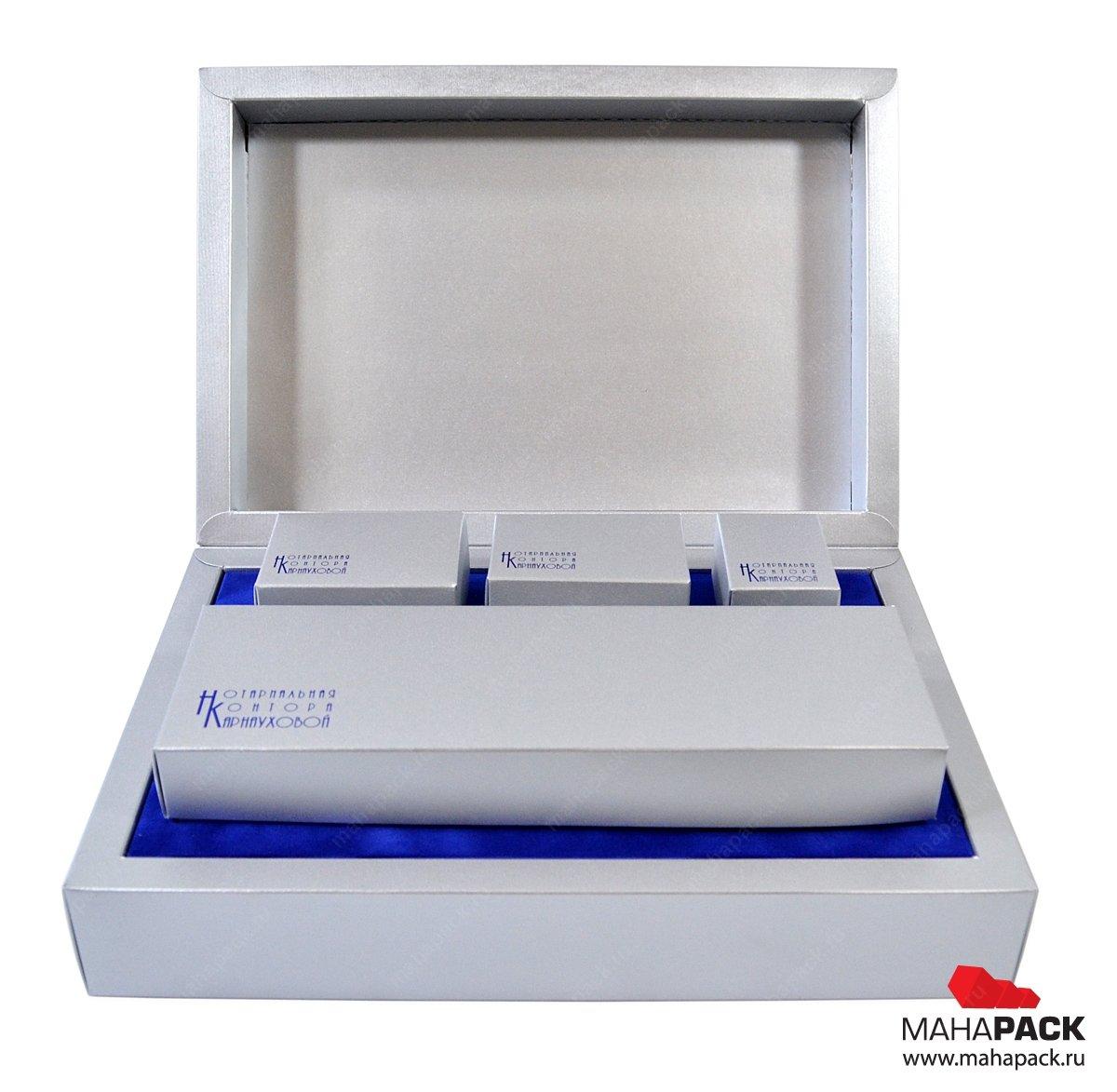 Коробка с ложементом для подарочного набора