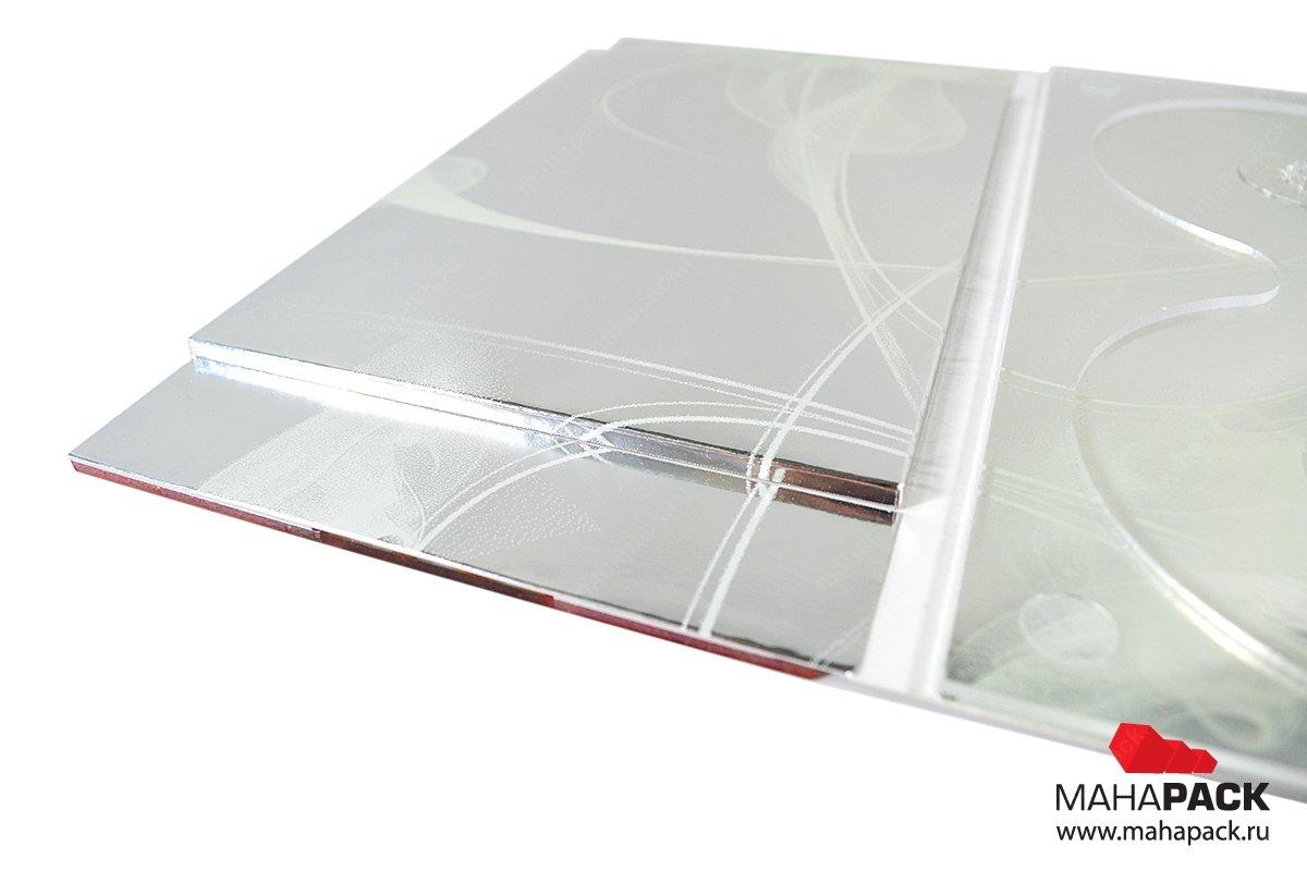 Упаковка с прозрачным пластиком для двух дисков и буклета