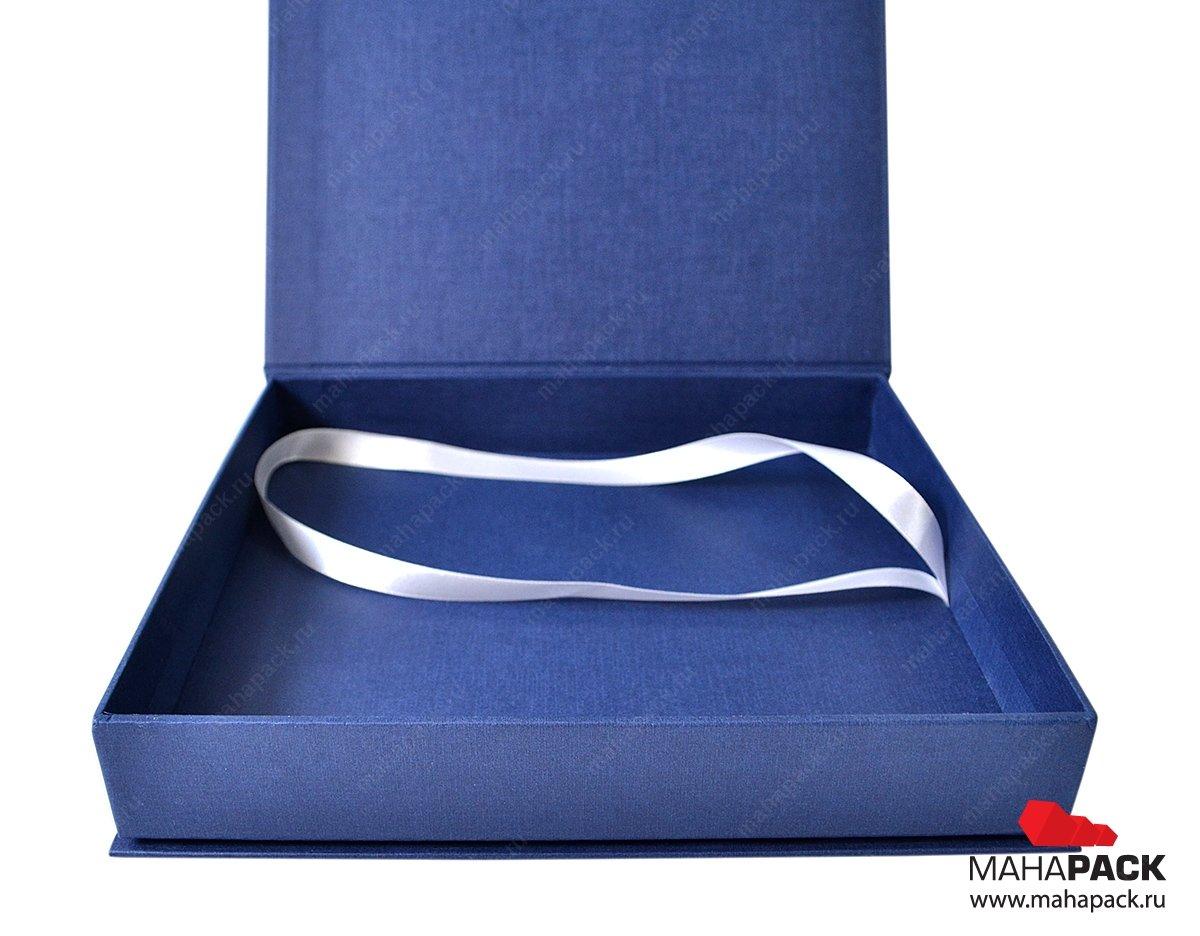 Кашированная подарочная коробка для иконы