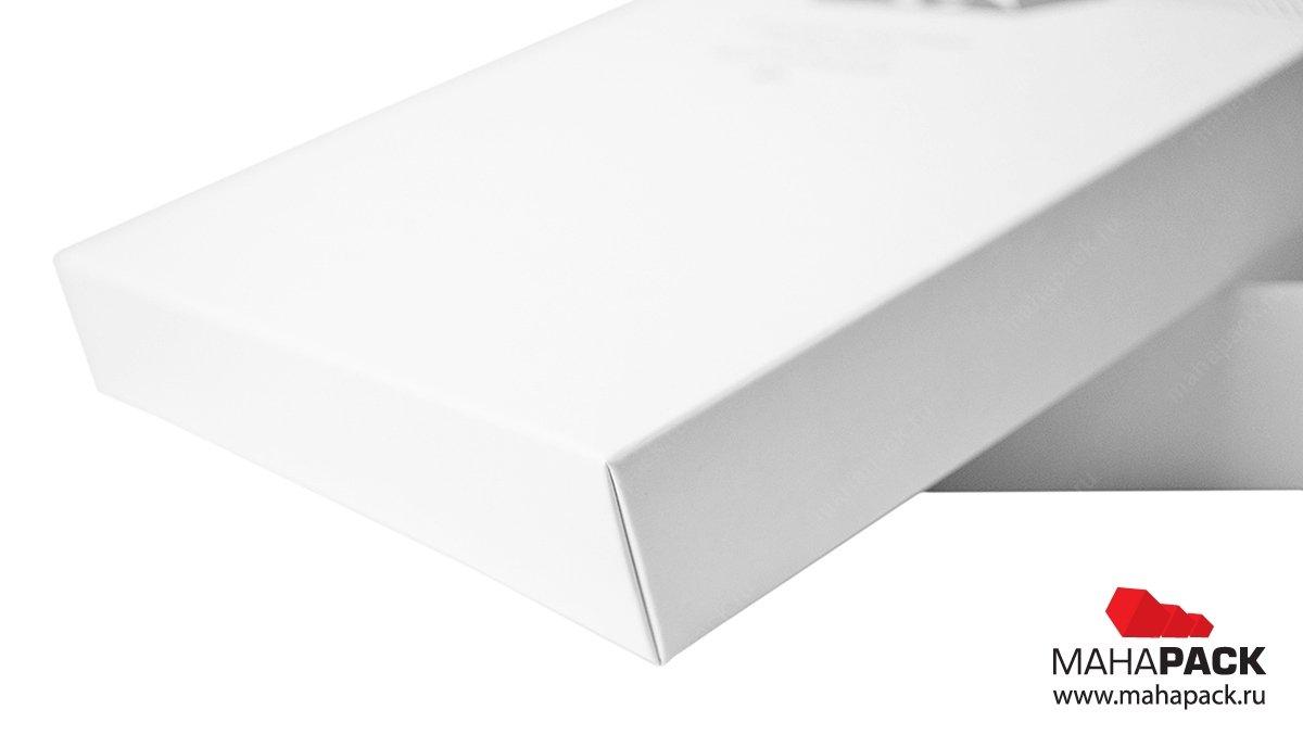 Кашированная упаковка с ламинацией и печатью