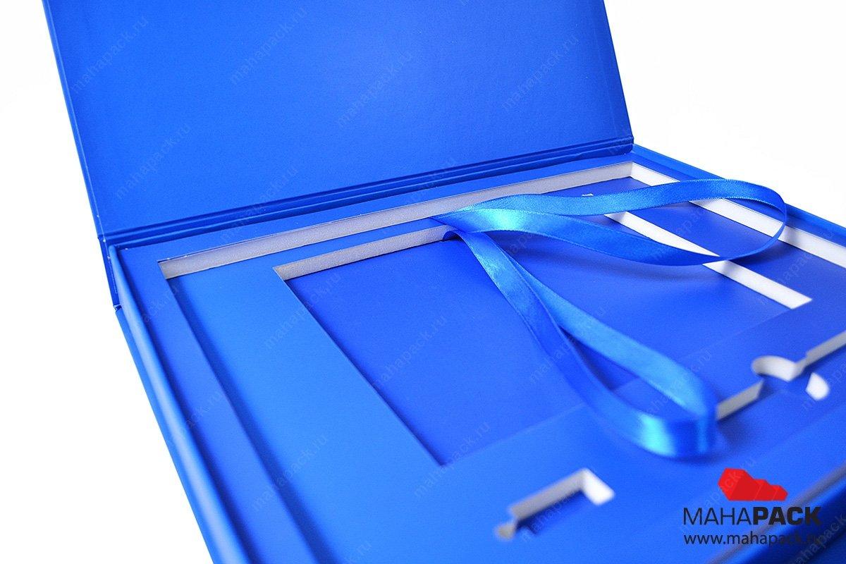 упаковка-презентер с изолоновым ложементом