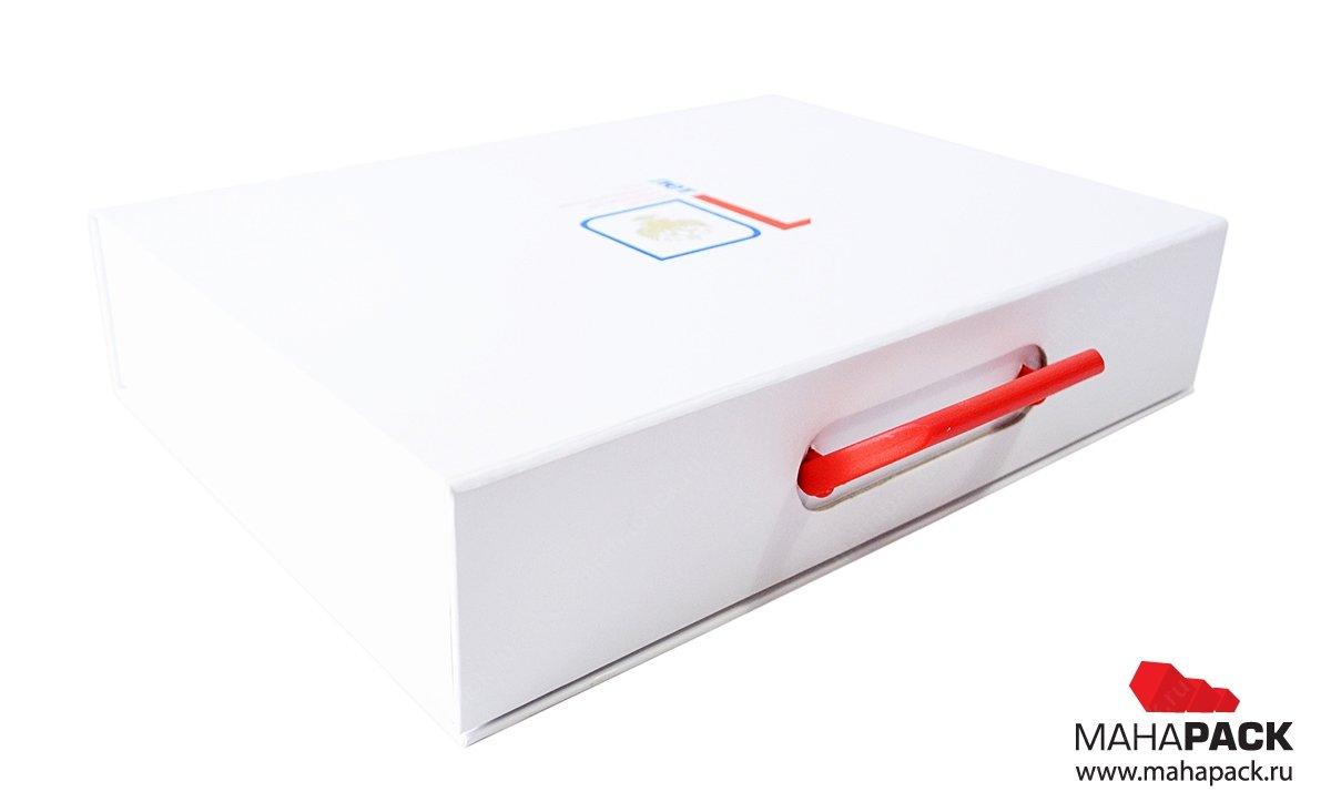 кашированные подарочные коробки на заказ