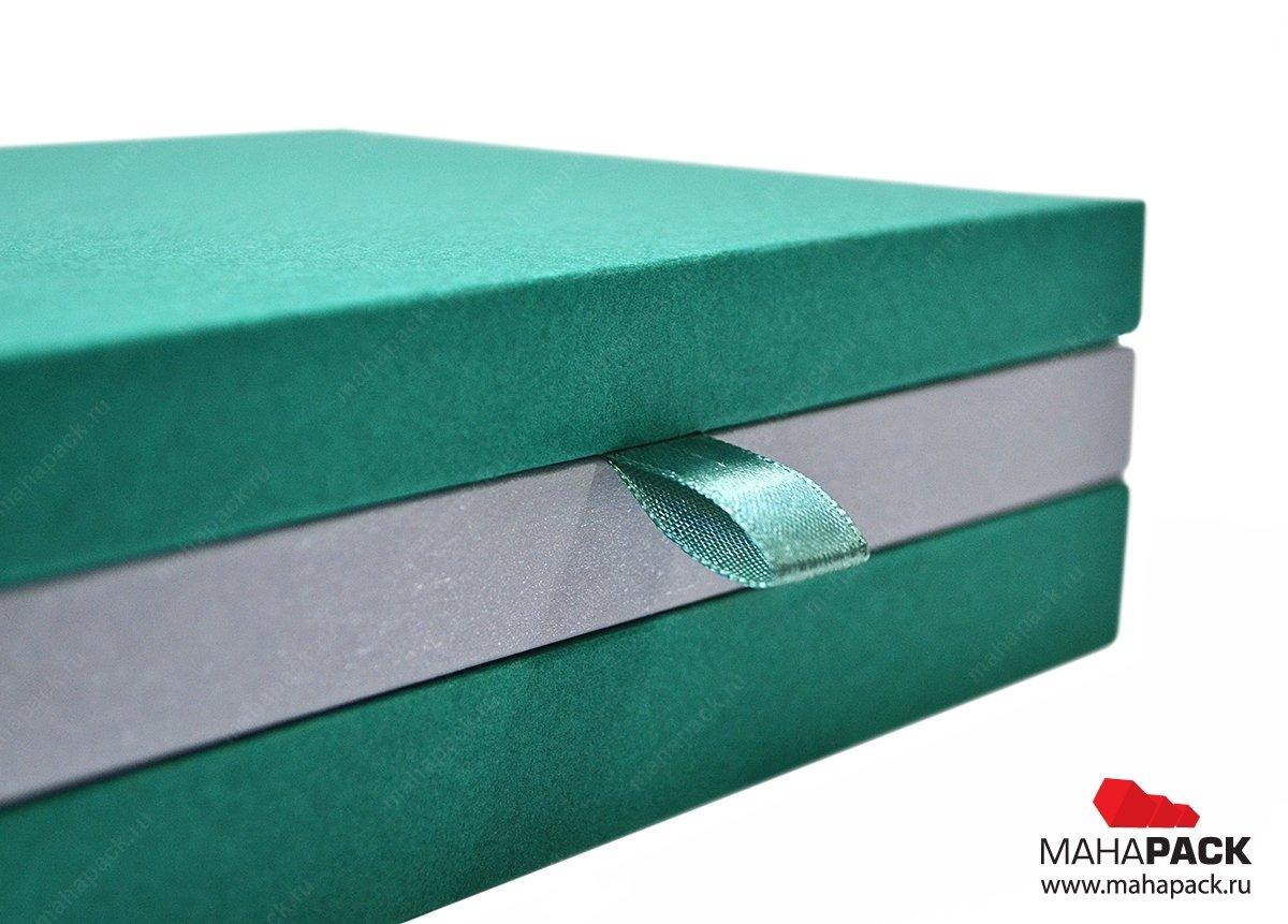 Фирменная коробка из дизайнерского картона