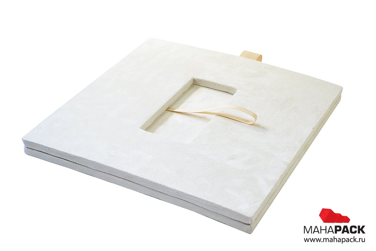 Коробка с ложементом под заказ