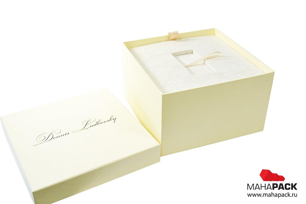 Индивидуальная коробка из дизайнерских материалов