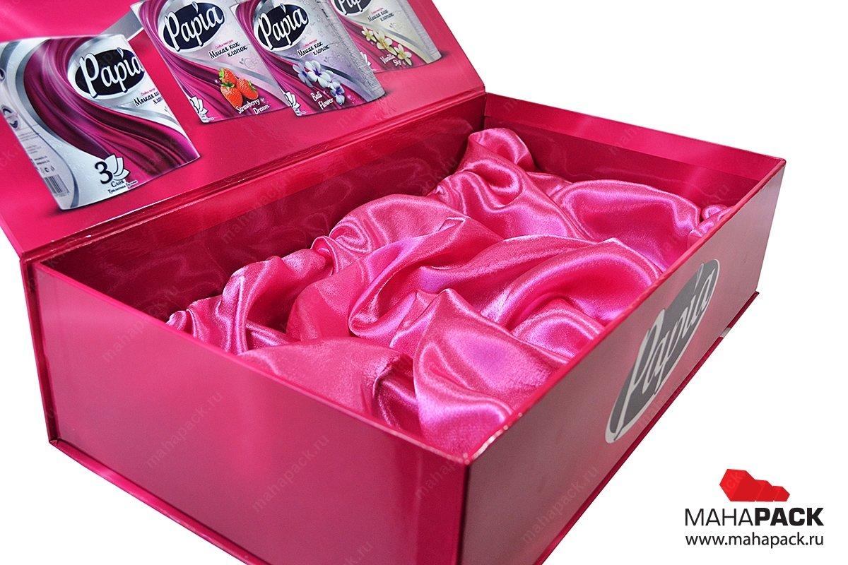 Подарочная коробка из прочного переплётного картона