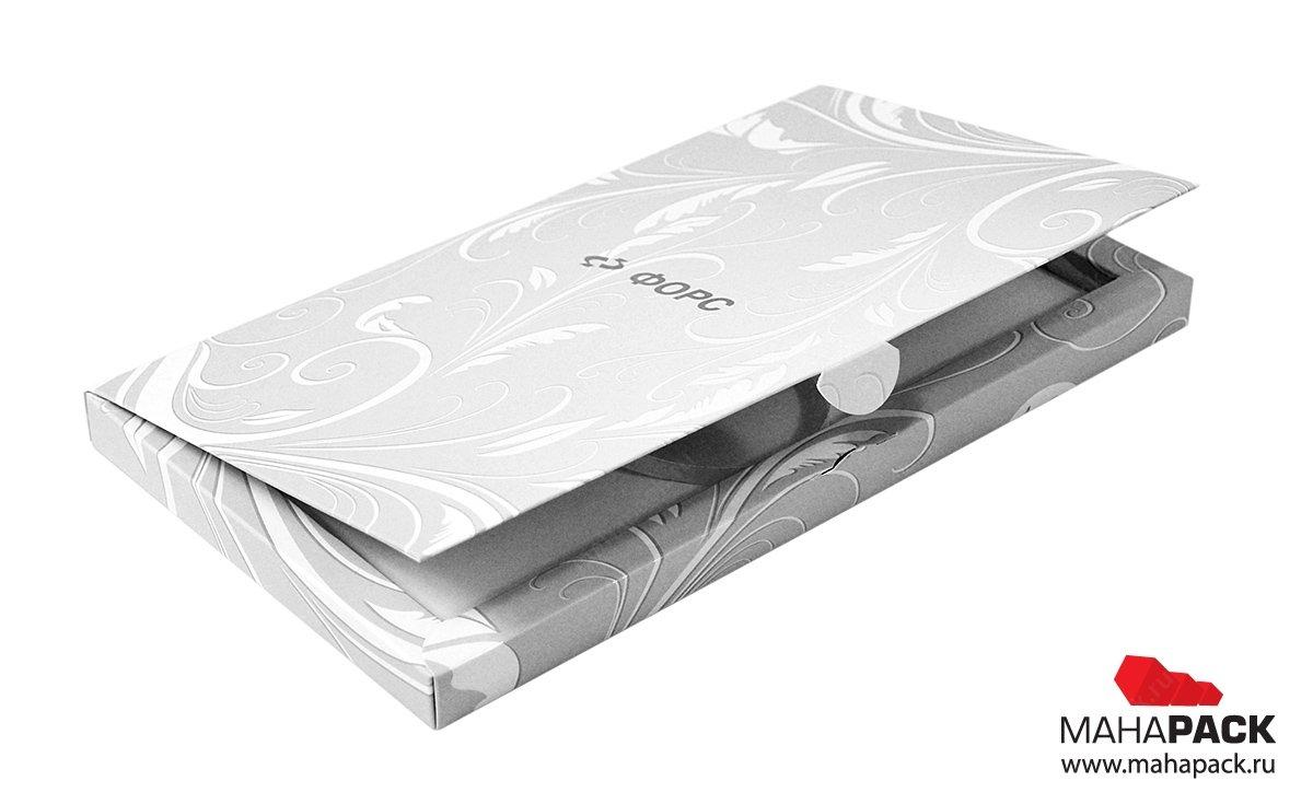 Фирменная картонная коробка на заказ