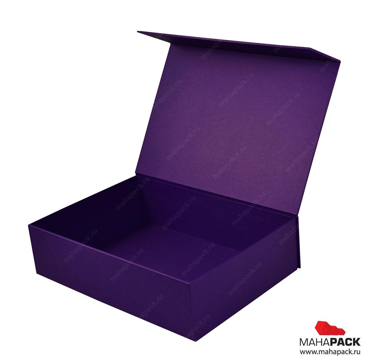 Подарочная коробка с тиснением