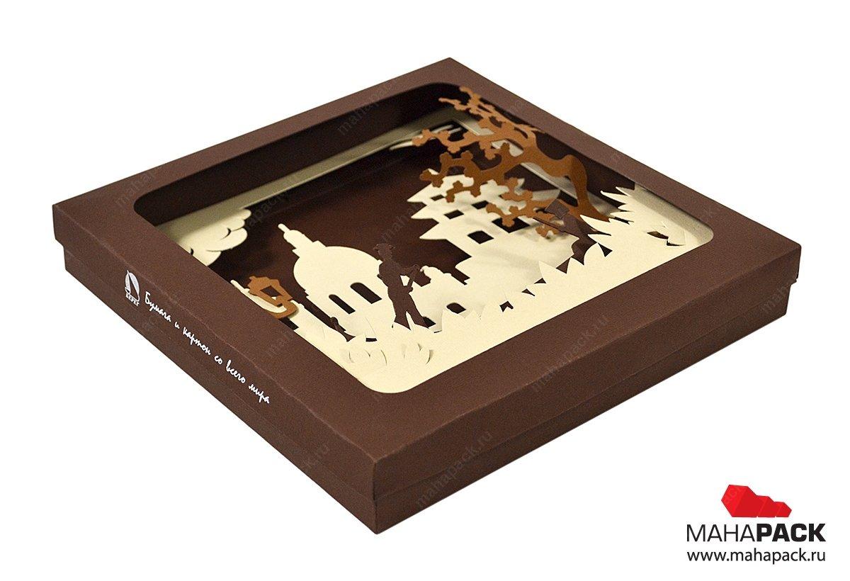 Картонная коробочка с 3D сценой