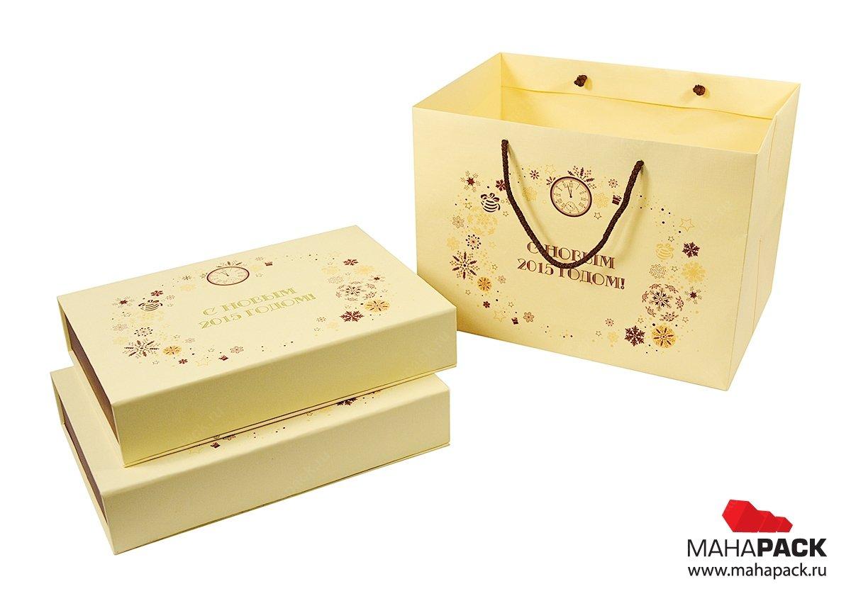 Кашированная коробка для подарочного новогоднего набора