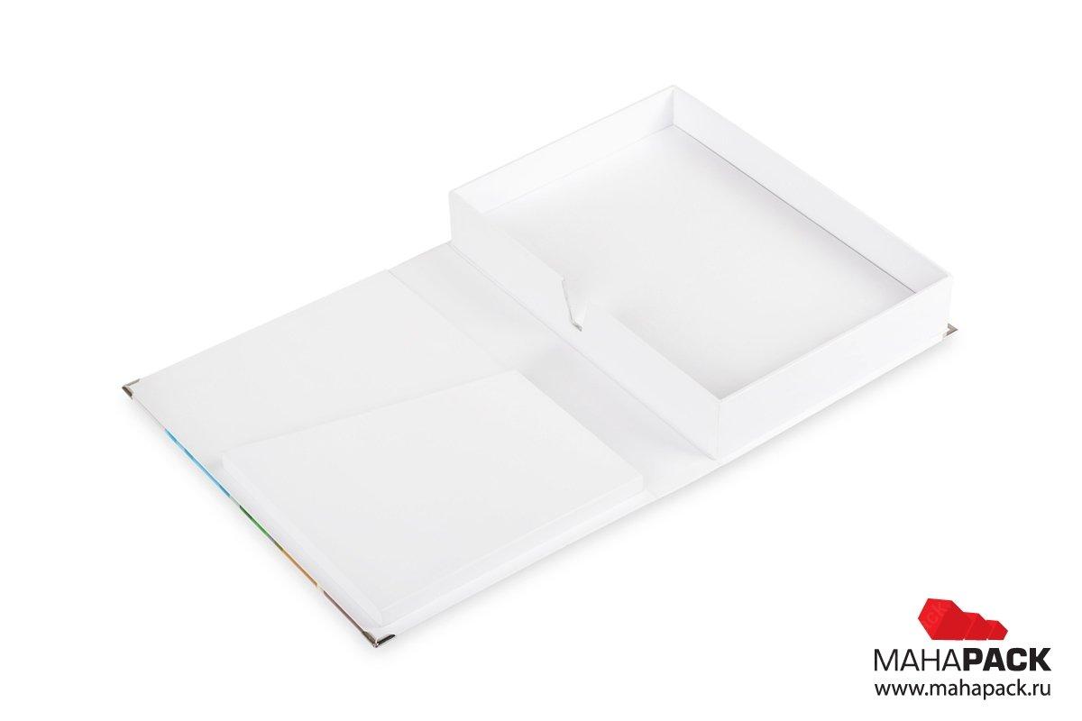 коробка-книга с картонным карманом на крышке